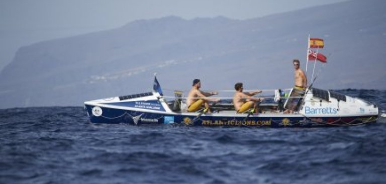 Atlantic Lions rowing on first day