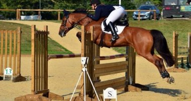 MS won't stop me showjumping